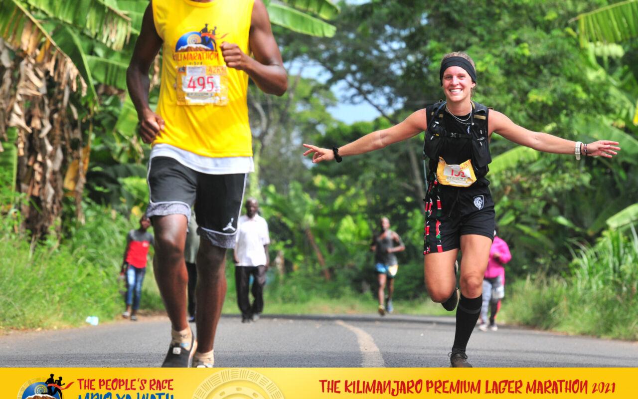 Dominic overwint zichzelf bij de Kilimanjaro Marathon