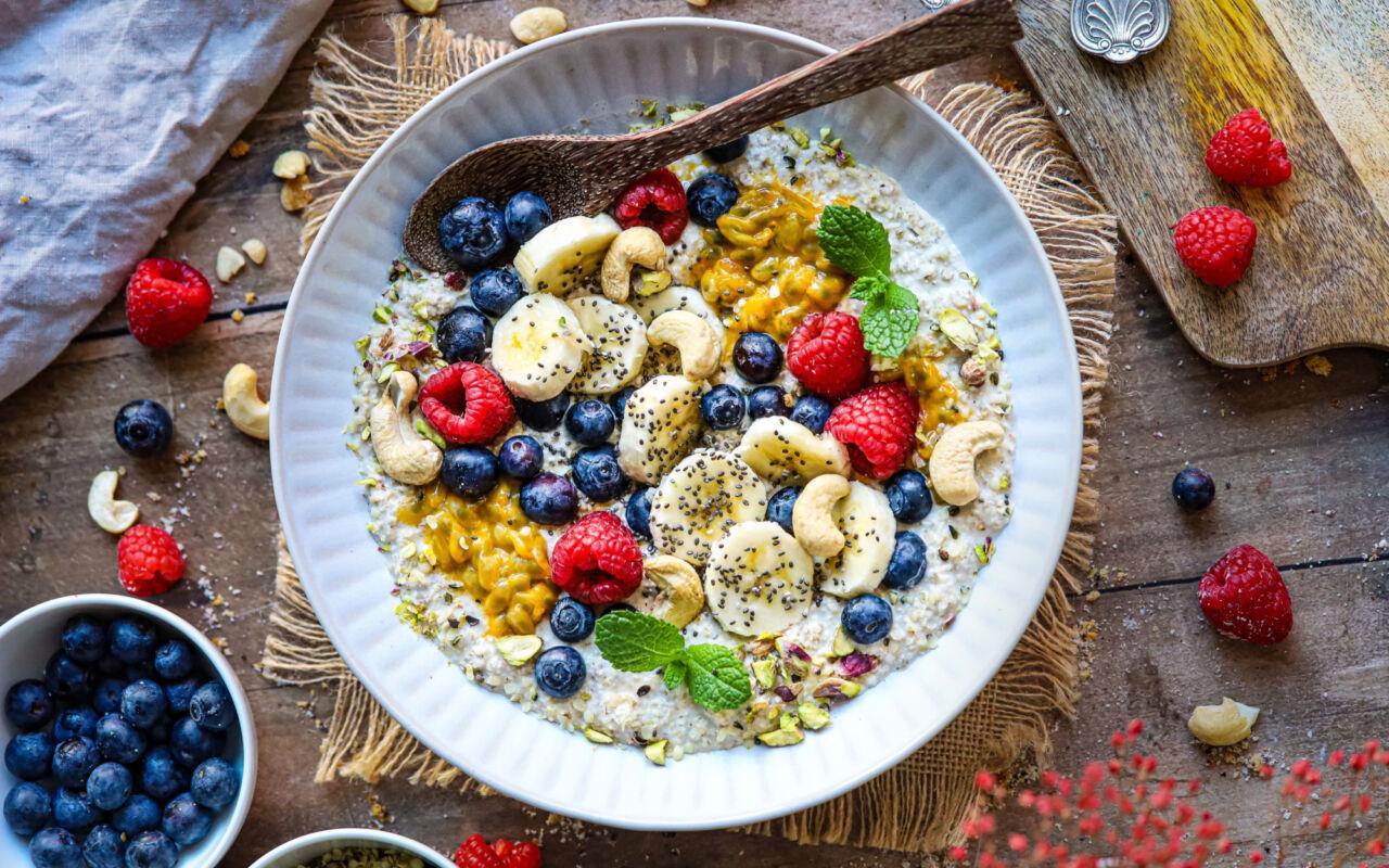 Maak een heerlijk stevig ontbijt met boekweitvlokken!