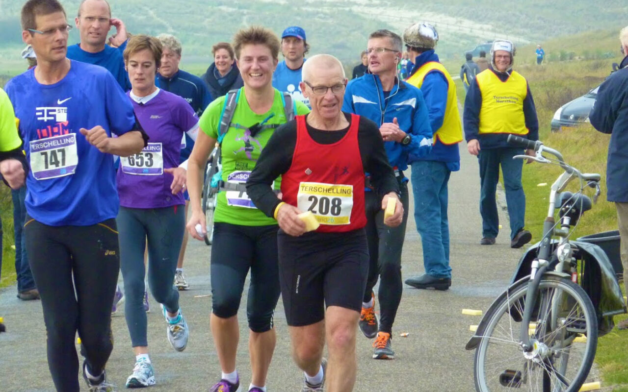 """Kilometervreter Tiny Raijmakers: """"Voor een marathon heb je commitment nodig"""""""