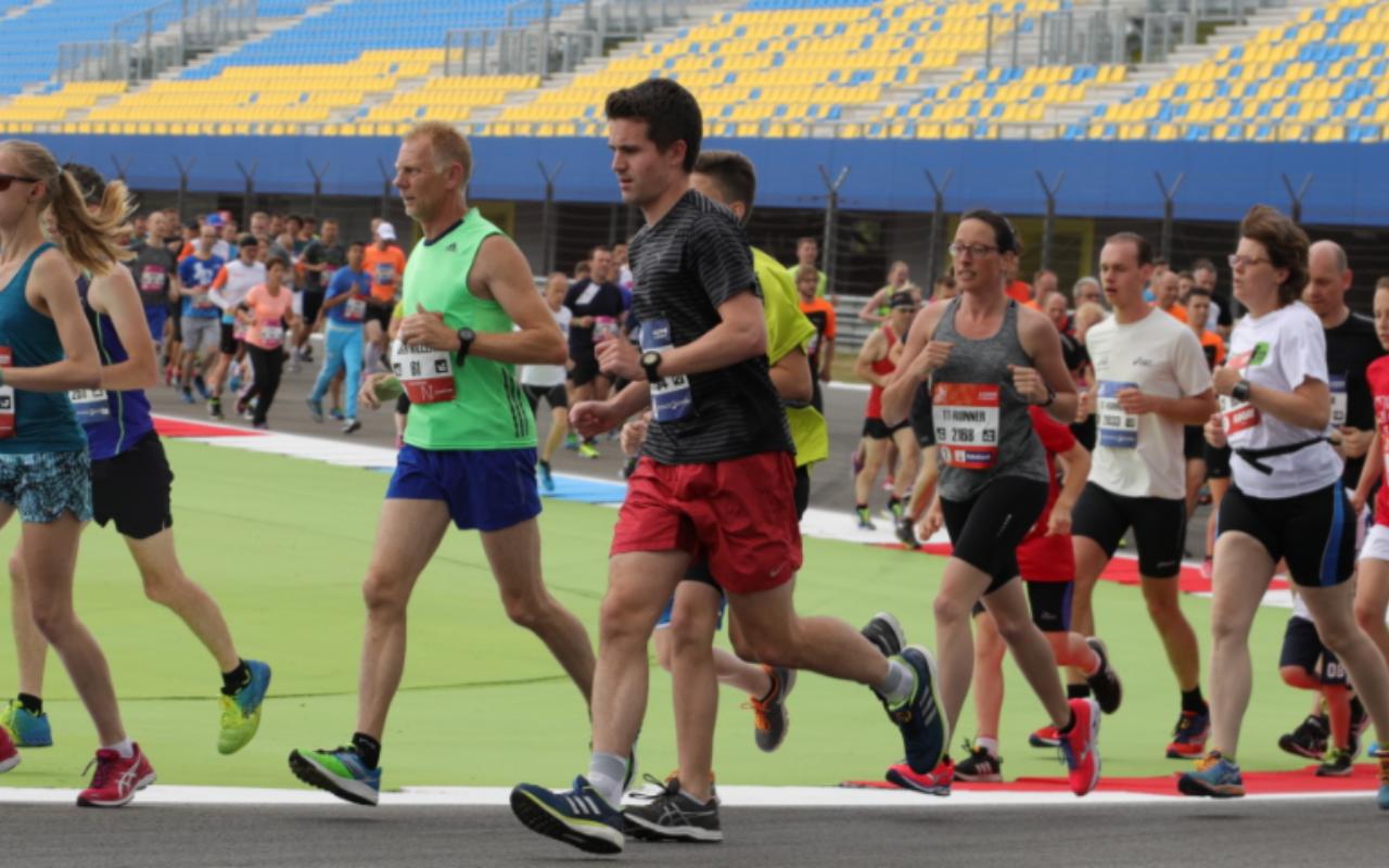 3 tips die darmklachten tijdens het hardlopen verkleinen