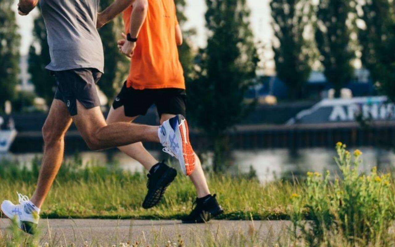 Fact check: Is hardlopen slecht voor je knieën?