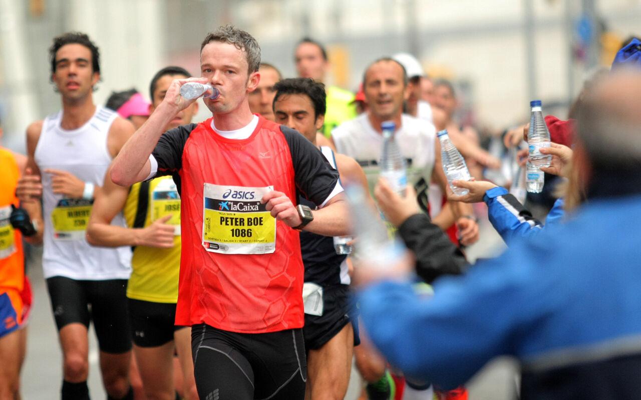 Voedingstip: eten en drinken tijdens je run, moet dat?