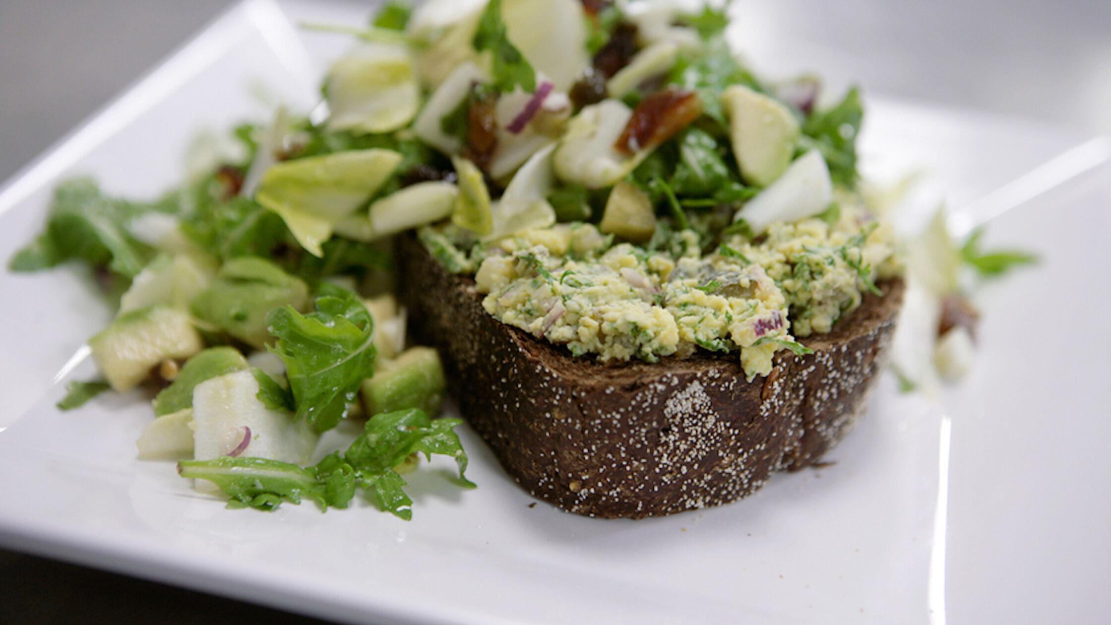 Recept: witlofsalade met ei en avocado