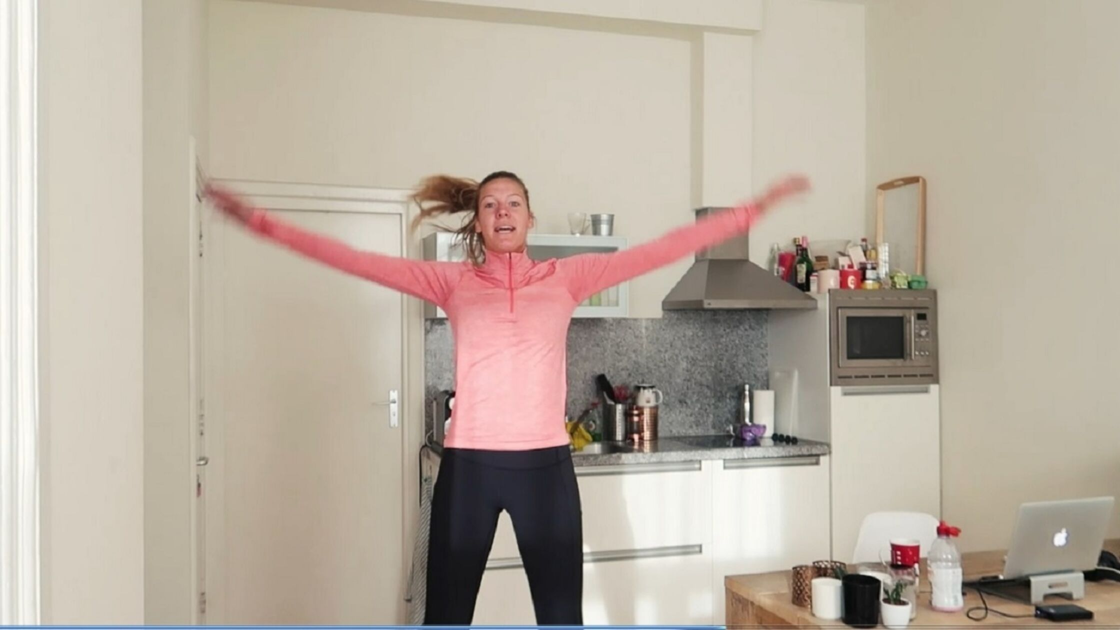 Vlog: Annemerel geeft tips voor hardlopen in winterkou!