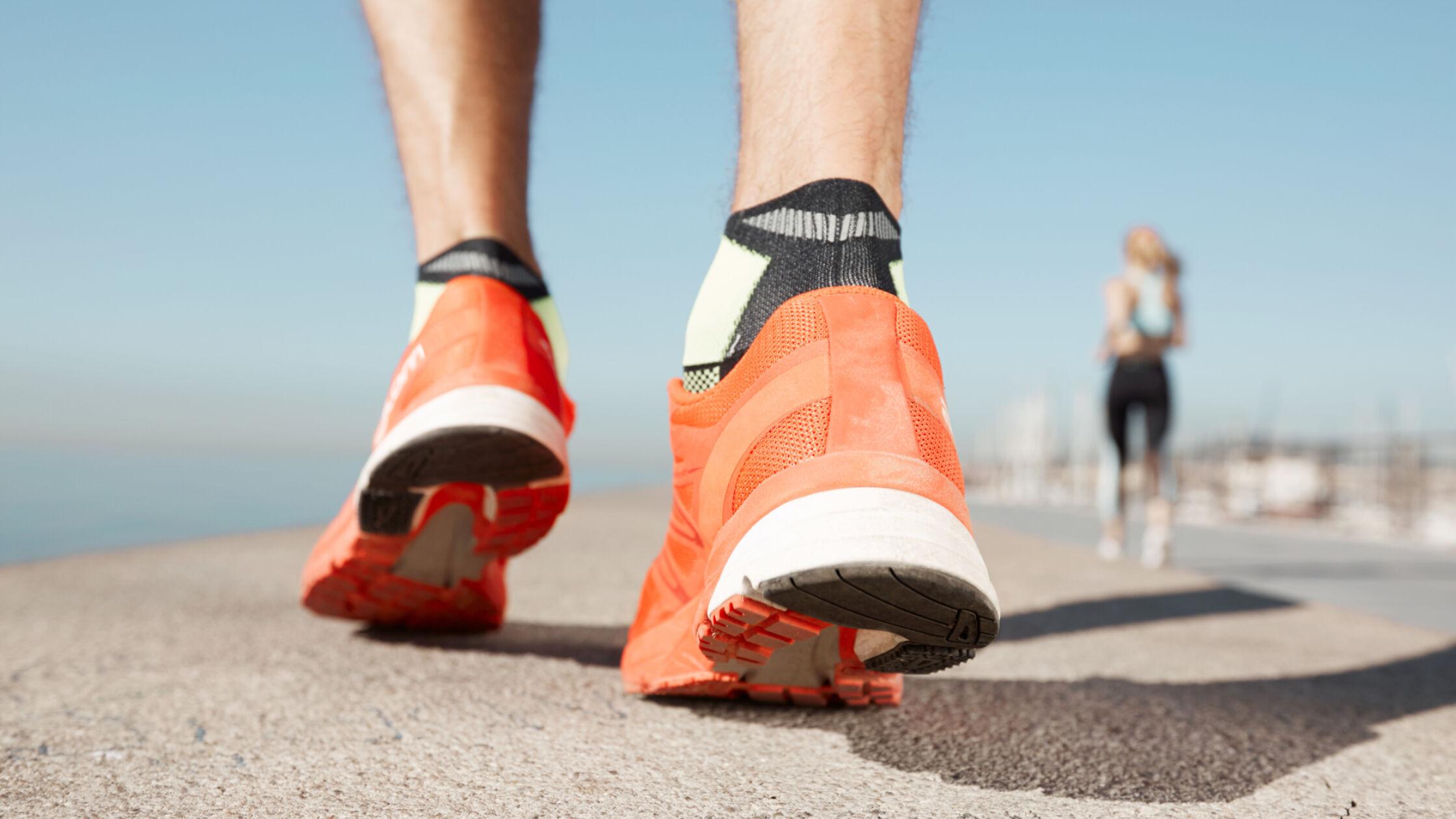 Verwen je voeten met goede sokken in je hardloopschoenen