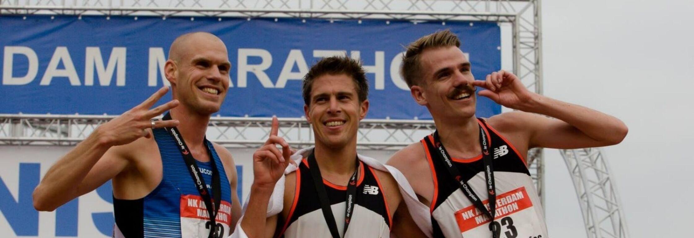 Movember: de snor van marathontopper Edwin de Vries