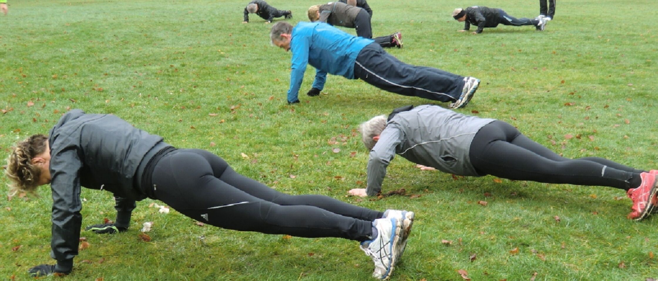 Sterke buikspieren: crunches of planken?