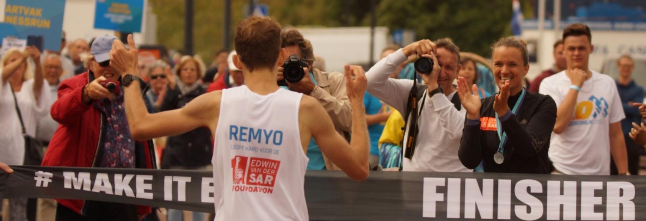Remyo Tielsema wint drie jaar na hersenbloeding de 10 van Noordwijk