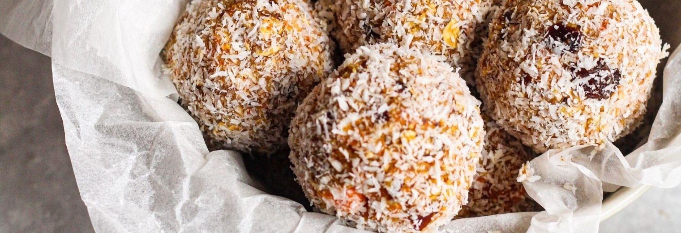Carrot cake energy balls!